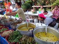 Where to find the best places for delicious dishes in Phuket Street Food
