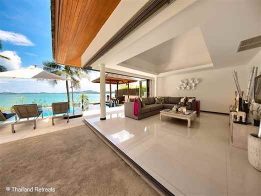 Baan Benjamarrt is a Koh Samui beachfront villa with infinity edge pool situated on Bophut Beach. Has amazing views over to Koh Phangan. 5 minutes drive to Fishermans Village. The villa offers rates for 2 bedroom and 4 bedroom occupancy ( certain seasons)