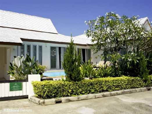 Baan Gecho is an ideal family house with private pool on the outskirts of the popular town of Ao Nang and a great base to explore Krabi and island hopping.