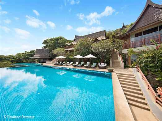 "<p>Baan Jakawan is an amazing 5-7 bedroom luxury Koh Samui villa with stunning views just 5 minutes from both popular resorts of Choeng Mon beach and Chaweng beach. Ideal entertaining terrace for weddings and family celebrations.&nbsp;<span style=""font-size: 10pt;""><strong><span style=""color: #000080;"">Reduced rates for 5 &amp; 4 bedroom occupancy with exclusive use of the villa.</span></strong></span></p>"