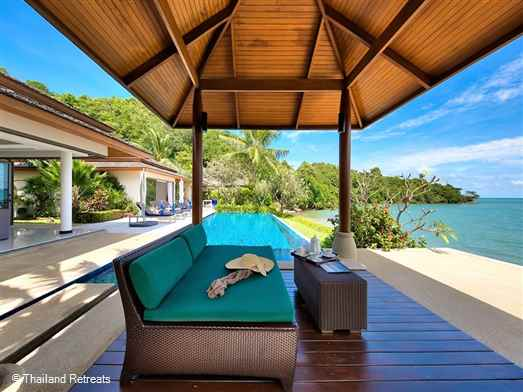"<p>Baan Kularb is a stylish Koh Samui 2-4 bedroom beachfront villa with infinity edge swimming pool located directly on Bophut beach and just 5 minutes drive from Fisherman&rsquo;s Village. <span style=""font-size: 10pt;""><strong><span style=""color: #000080;"">Reduced rates for reduced 3 or 2 bedroom occupancy with&nbsp;exclusive use of the villa&nbsp;</span></strong></span></p>"