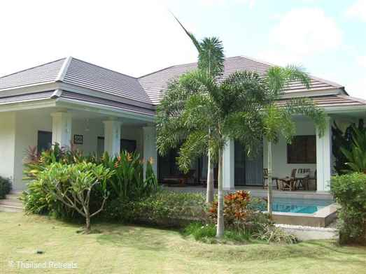 Baan Ma Prao Oon is beautiful Koh Samui holiday home with pool set in landscaped gardens situated within a secure private community. Has communal gym and 2.2km from Maenam beach and village.