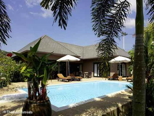 Ban Malisa is  a perfect retreat for 2 couples or small family looking to explore Krabi. A very private beautifully appointed Ao Nang villa with private pool in Krabi. Tuk Tuk transport available to and from the villa.