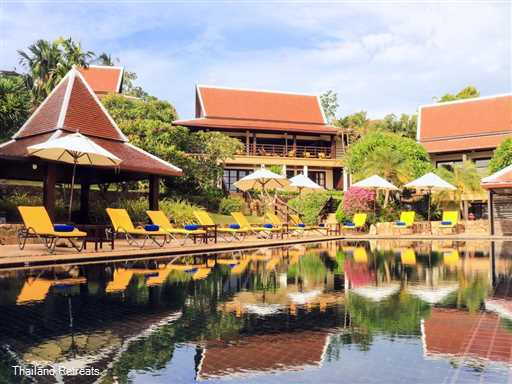 "<p>Ban Kinaree is an impressive 3-5 bedroom Koh Samui holiday villa set in the Bophut hills with panoramic views and 10 minutes drive to popular Fishermans village. Super large villa with 19.5m Infinity pool. Ideal for families and groups of friends. <span style=""font-size: 10pt;""><strong>R<span style=""color: #000080;"">educed rates for 3 or 4 bedroom occupancy wih exclusive use of the villa.</span></strong></span></p>"