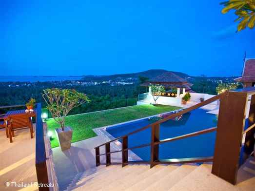 "<p>Mullion Cove is a stylish 3-4 bedroom hillside villa with stunning views located a short drive from Fisherman's village in Bophut. Private swimming pool and sala and in villa spa. <span style=""font-size: 10pt;""><strong><span style=""color: #000080;"">Reduced rates for 3 bedroom occupancy with exclusive use of the villa.</span></strong></span></p>"