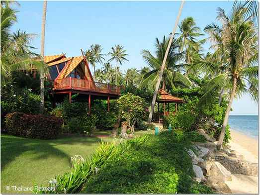 Pad Thai is a beachfront Thai style beach house set within a small development on the beautiful north coast of Koh Samui. Large communal pool adjacent to the villa and kayaks available for guest use. Walk to nearby beach restaurants and  Can sleep up to 8 adults and 2 children.