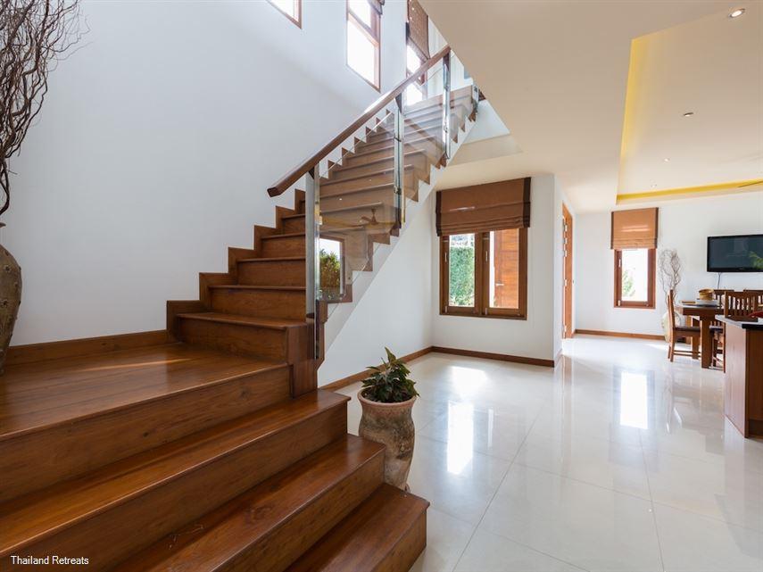 Peerapat Villa
