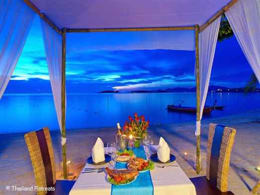 <p>Por Do Sol is a beautiful beachfront villa on the white sands of peaceful Plai Laem beach. Lovely outside relaxation areas with swimming pool &amp; Jacuzzi. Walk to local mini mart. 10 mins to Fisherman's Village, Bophut and 10 mins to lively Chaweng.</p>