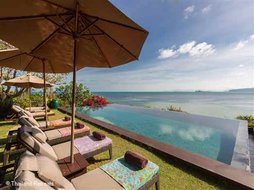 <p>Villa Samudra is a vast headland estate with semi private sandy cove and use of kayaks. An amazing mix high tech cinema screens with a spiritual ambiance.</p>