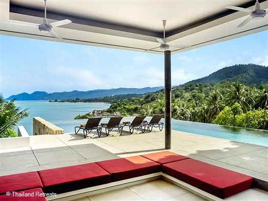 Samujana Villa 19 is a high spec luxury contemporary style villa. Tropical living at it's finest with great views. Choeng mon beach and lively Chaweng are a short drive away.