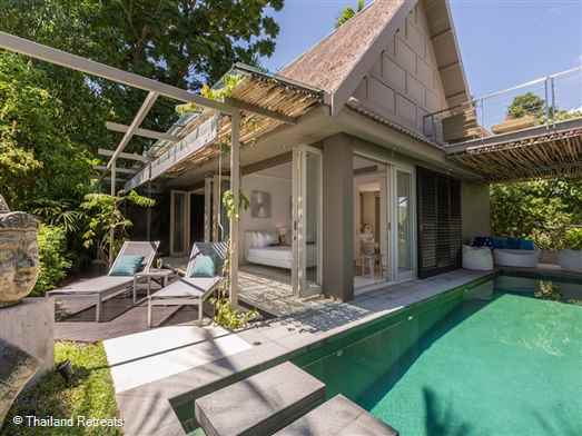"<p>The Headland Villa 4 is a stylish 3 bedroom hideaway with a private pool in a beautiful location in the south west coast with stunning west facing views. Steps down to a sandy cove and walking distance to restaurants. <span style=""font-size: 10pt;""><strong><span style=""color: #000080;"">Reduced rates for 1 bedroom occupancy only.</span></strong></span></p>"