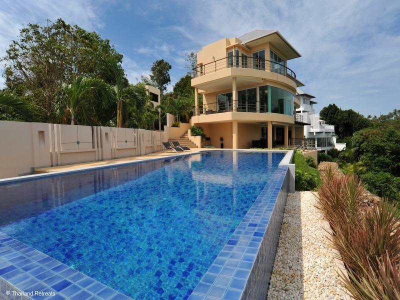 Villa Akira
