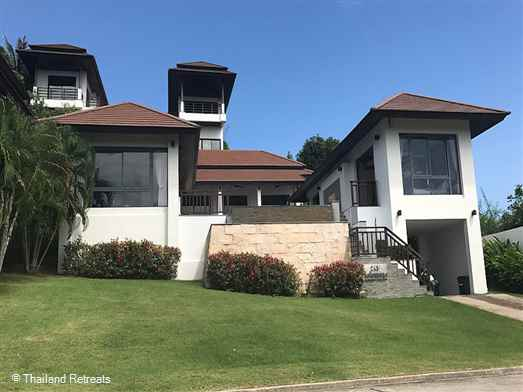 A fabulous luxury sea view villa set in a secure gated community within walking distance to Choeng Mon beach and village and 5 mins to Bophut and Chaweng