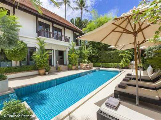 Vila Maeve is a luxury family Koh Samui villa with swimming pool situated mid way between the popular areas of Choeng Mon beach and Fisherman's Village at Bophut