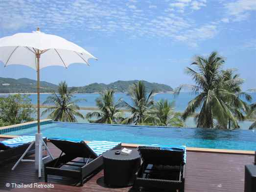 La Villa is a beautifully furnished 5 bedroom villa with a 17m swimming pool This beachfront Koh Phangan villa overlooks Chaloklum Bay and access to a small tranquil west facing beach.