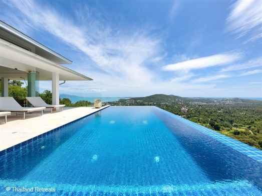 Baan Kuno is a 5 bedroom Koh Samui villa located in Bophut Hills and enjoys incredible ocean views of Chaweng and Bophut. It is within 5 minutes drive of the popular Fisherman's Village.