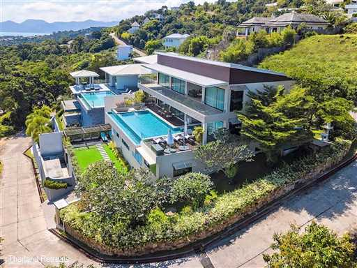 """<p>Baan Sukham is a 4-6 bedroom luxury Koh Samui villa with srtunning views just a short hop from the lively town of Chaweng and the picturesque quieter Choeng Mon beach. Has pool table, fitness room &amp; cinema. <span style=""""font-size: 10pt;""""><strong><span style=""""color: #000080;"""">Reduced rates for 4 bedroom occupancy with exclusive use of the villa.</span></strong></span></p>"""