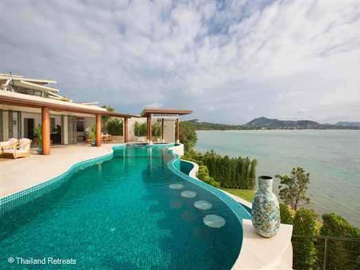 <p>Villa Nagisa is a stunning contemporary villa with one of the finest west facing ocean views on Koh Samui. Set on the ocean edge and close to popular beaches the villa offers ample outdoor living for that perfect holiday chill out.</p>