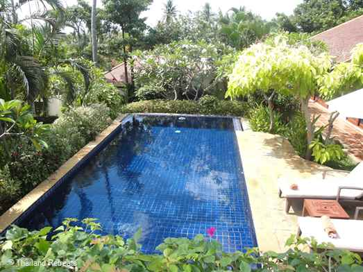 Villa Tangmo is one of 10 very private Balinese style villas with swimming pool located within a secure estate. Walking distance to popular Choeng Mon beach and 10-15mins to Bophut and Chaweng. Offers rates for 2 bedroom and 3 bedroom occupancy.