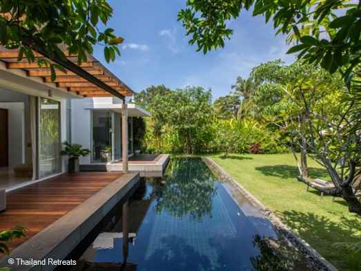 Villa Koru is an immaculate 2 bedroom villa set in a gated enclave just 5 minutes from the village and beautiful beach of Maenam. A fabulous villa for families and couples.