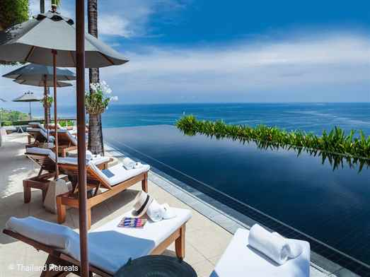 Villa Horizon is a luxury 6 bedroom Phuket villa located in the palm covered hills above the west coast beaches of Kamala, Surin, Laem Singh and Bang Tao. Amenities include a dedicated massage area, a fully equipped gym a games room, tennis and other spa facilities within the estate.