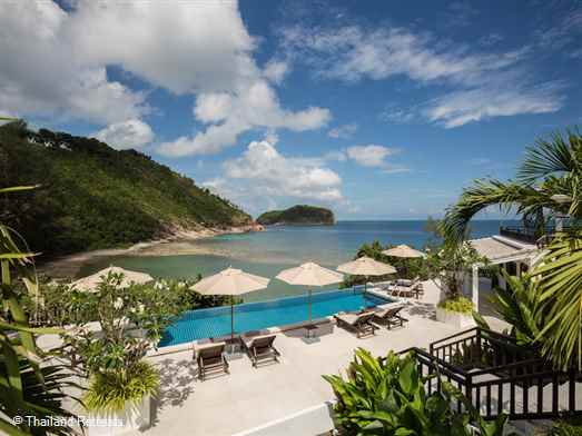 Secret Beach Villa is a stunning luxury Koh Phangan villa on the beautiful north west coast overlooking the secluded and pristine sands of Haad Thong Lang beach just a few steps away. Tropical views over to Koh Ma island.