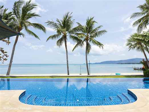 Baan Tawantok 2 is a 5 bedroom beachfront villa set on the quiet sunset facing Lipa Noi beach in Koh Samui. Great for long walks and swimming. Shared tennis court with neighbouring villa. Rates available for 3 and 5 bedroom occupancy.