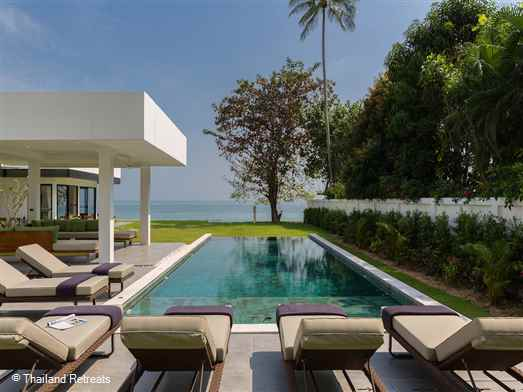 Villa Thansamaay is a modern design 6 bedroom beachfront villa situated on the south coast of Koh Samui. AdditionaI bedroom with 3 bunk beds creates an ideal family holiday villa for extended families, weddings & celebrations. Offers rates for 4 & 6 bedroom use certain seasons