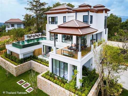 <p>Villa Hruhra is a spacious and luxury 3 bedroom villa in Koh Samui with views over Choeng Mon Bay. Located just 10 - 15 walk from the beach and village located on a gated development wth 24 hour security.</p>