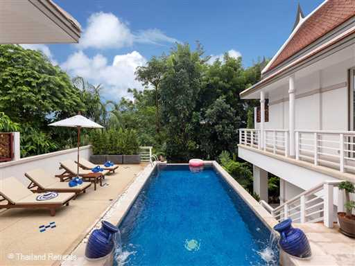 <p><span>Villa Makata 2 is a 3 bedroom villa with private pool within walking distance to Kata Noi beach. The villa is located in a secure private estate and features include a huge communal swimming pool, floodlit tennis court and a fully equipped gym.</span></p>