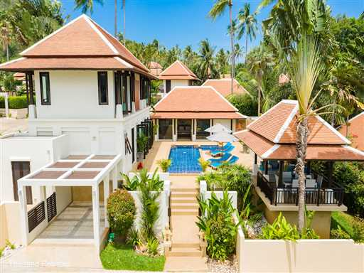 <p>Villa Divina is a spacious 3 bedroom private villa with a private pool located within a secure development just 250m walk to a sandy beach, beach clubs and the bustling village of Bangrak. Conveniently located just 5 minutes drive from popular Fishermans Village</p>