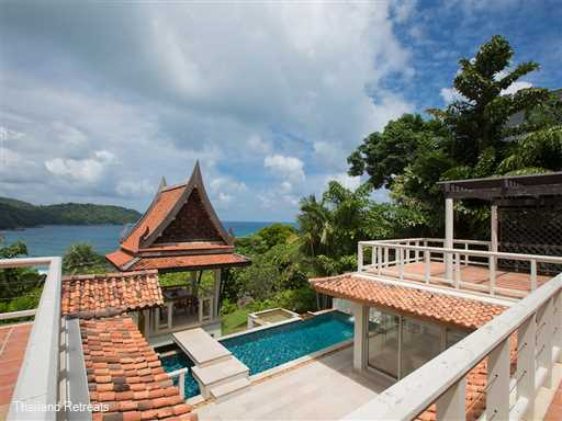 "<div class=""page"" title=""Page 3"">  <div class=""layoutArea"">  <div class=""column"">  <p><span>Baan Chaitalay is a lovely 3 bedroom villa with private pool located wthin walking distance of Kata Noi beach. The villa built on 2 levels is set within the exclusive Katamanda estate and is ideal for a family with children offering amenities including a large pool and kiddies pool, tennis court, fitness centre and a cafe.</span></p>  </div>  </div>  </div>"